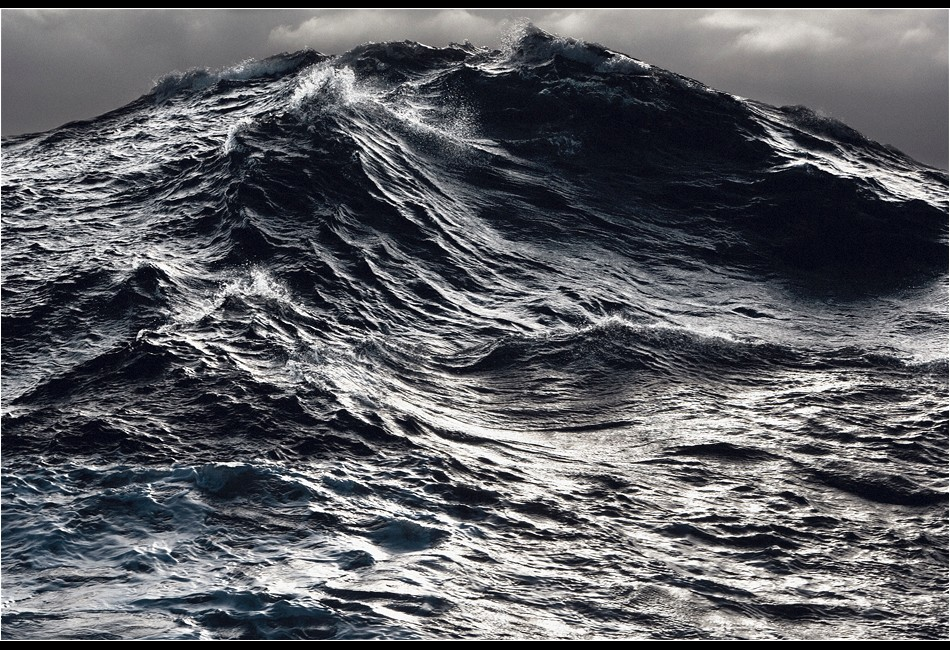 Wave in the Southern Ocean